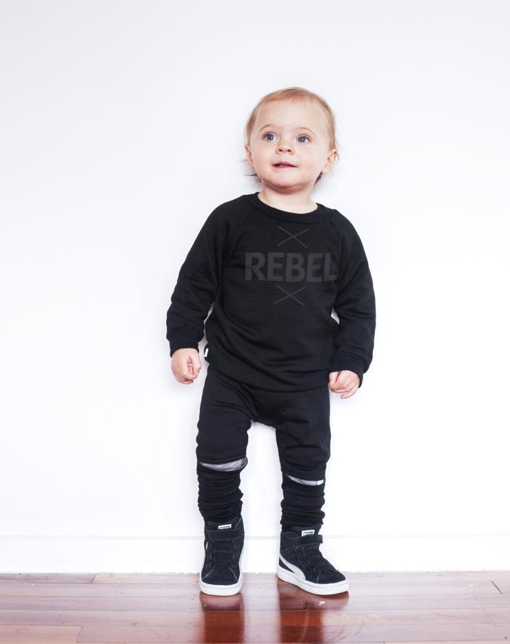 1217_Nuggets_Rebel_Crew_Sweatshirt_Midnight_GreyMarleLS-edited copy